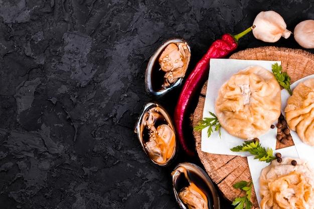 Köstliche asiatische mehlklöße mit kopienraum Kostenlose Fotos