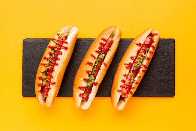 Köstliche hotdogs der draufsicht Kostenlose Fotos