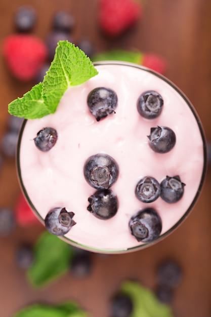 Köstlicher blaubeere yougurt Premium Fotos