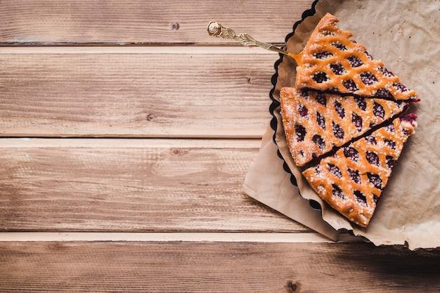 Köstlicher kuchen auf backform Kostenlose Fotos