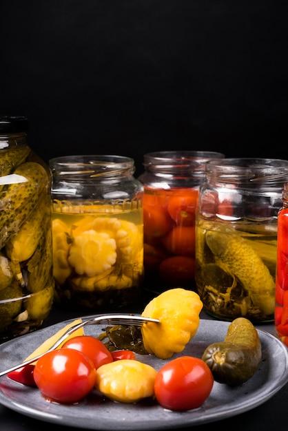 Köstliches gemüse-arrangement Kostenlose Fotos