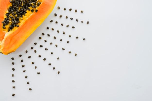 Komposition mit leckeren papaya Kostenlose Fotos