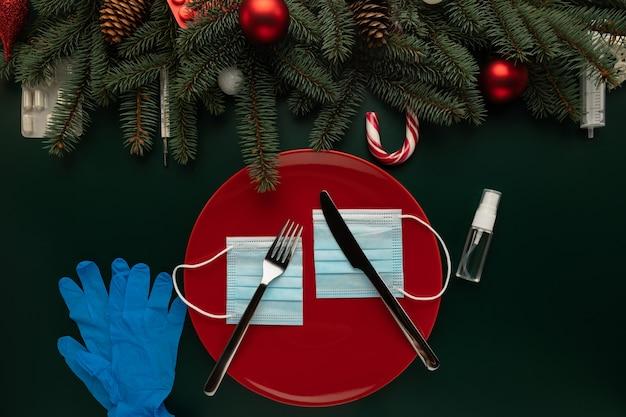 Konzeptfoto der auswirkungen der covid-pandemie auf weihnachten Premium Fotos