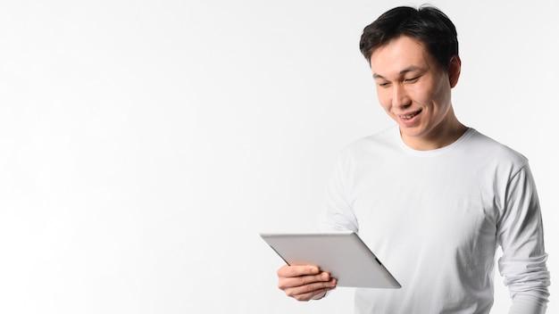 Kopierraummann mit tablette Kostenlose Fotos