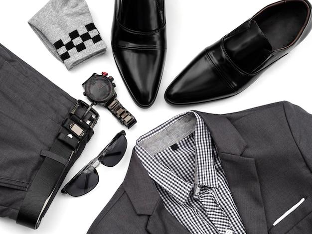 Kreative mode für die freizeitbekleidung der männer stellte auf weiß ein. Premium Fotos