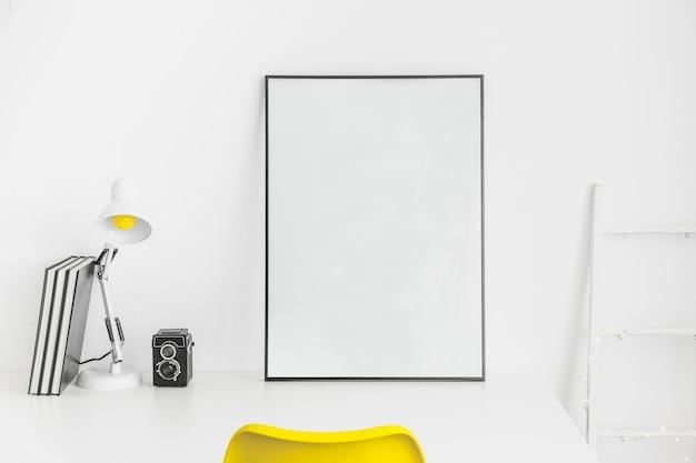 Kreativer ort zum arbeiten oder studieren mit whiteboard Kostenlose Fotos