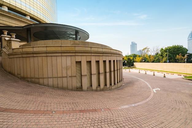 Kreisförmiger hotelweg in shanghai, china Premium Fotos