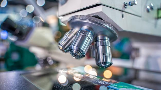 Labor-digitalmikroskop Premium Fotos