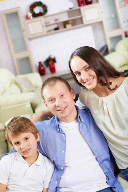 l chelnde familie zu weihnachten download der. Black Bedroom Furniture Sets. Home Design Ideas