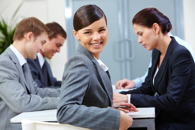 Lächeln exekutive arbeits Kostenlose Fotos
