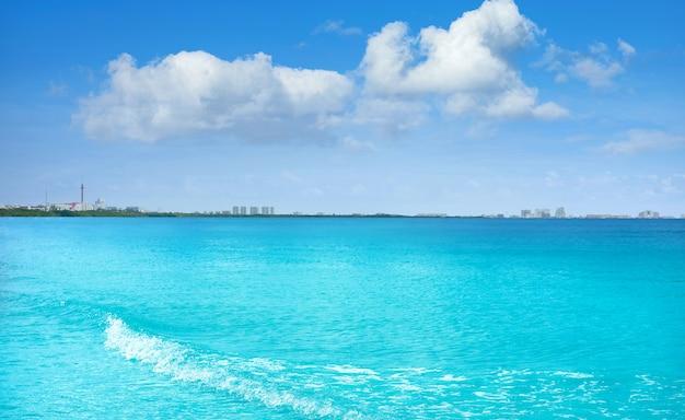 Lagune von cancun mexiko und hotelzone Premium Fotos