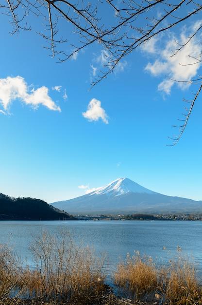 Landschaft des fuji-berges am see kawaguchiko Premium Fotos