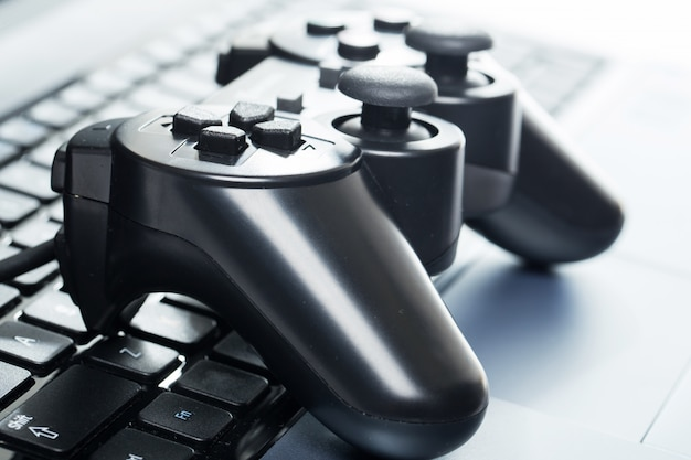 Laptop mit joystick Kostenlose Fotos