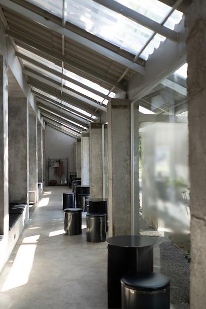 Layout in einem loft-stil in dunklen farben interieur Premium Fotos