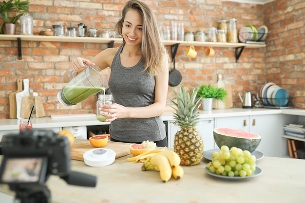 Lebensmittel vlogger Kostenlose Fotos