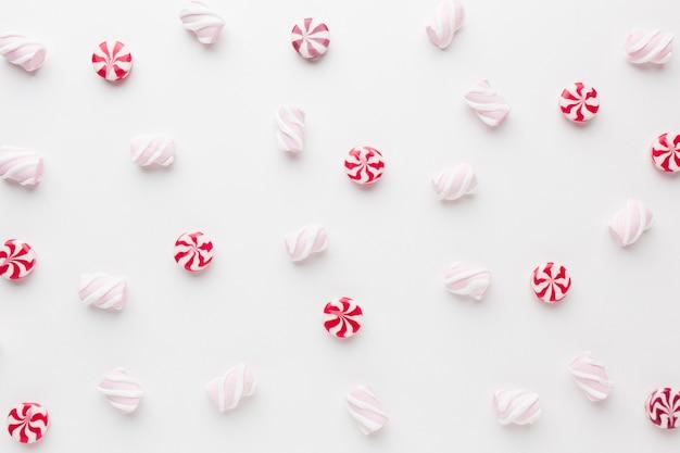 Leckere kleine bonbons der draufsicht Premium Fotos