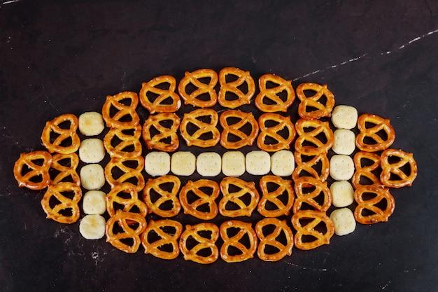 Leckere snacks zubereitet für super bowl hautnah Premium Fotos