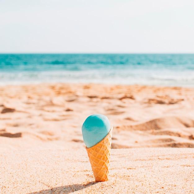 Leckeres eis am strand Kostenlose Fotos