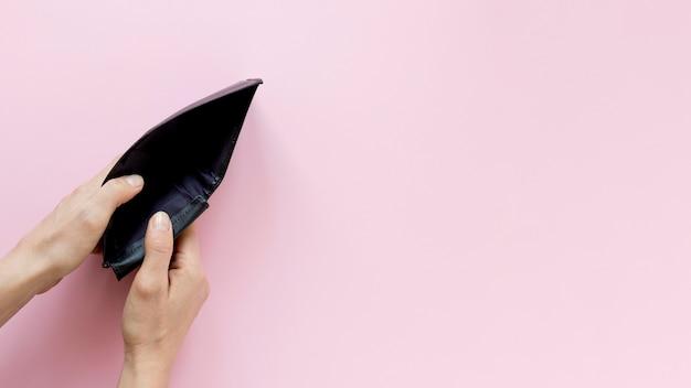 Leere brieftasche mit platz für kopien Premium Fotos