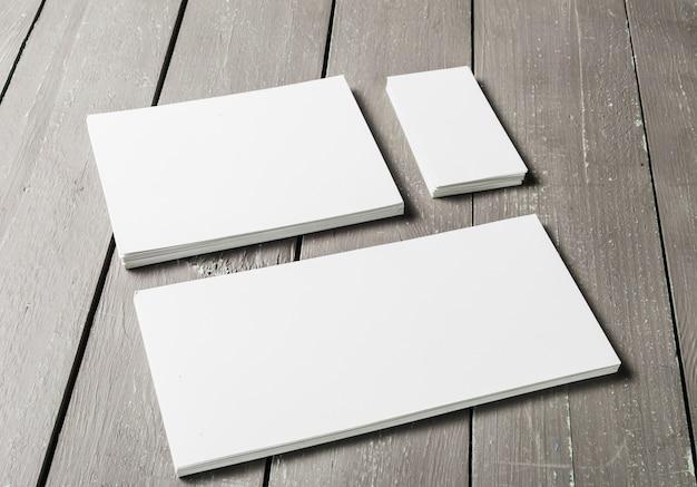 Leerer satz briefpapier Premium Fotos