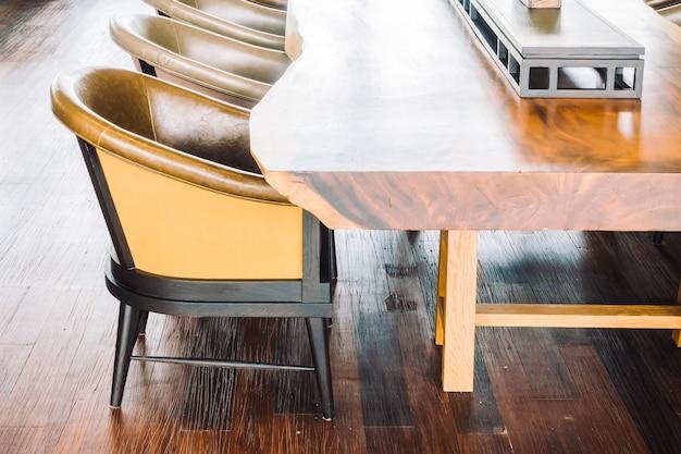 Leerer stuhl und sofa Kostenlose Fotos
