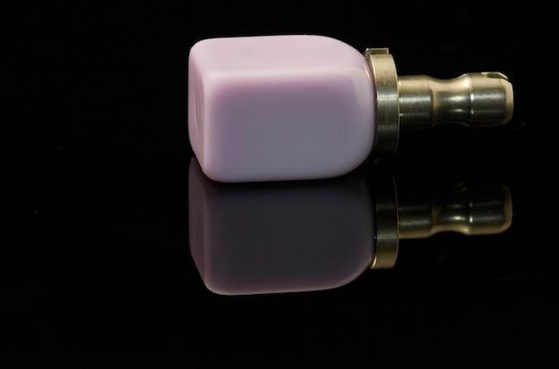 Lithium-disilikat-glaskeramikblock für die cad cam-technologie Premium Fotos