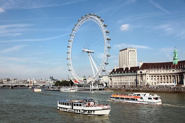 London Eye Mit Themse Download Der Kostenlosen Fotos