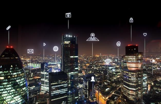 Londoner bürogebäude für netzwerk und zukunft Premium Fotos