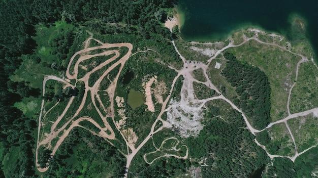 Luftaufnahme einer spur Kostenlose Fotos