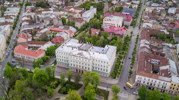 Luftbild des historischen zentrums der stadt czernowitz Kostenlose Fotos