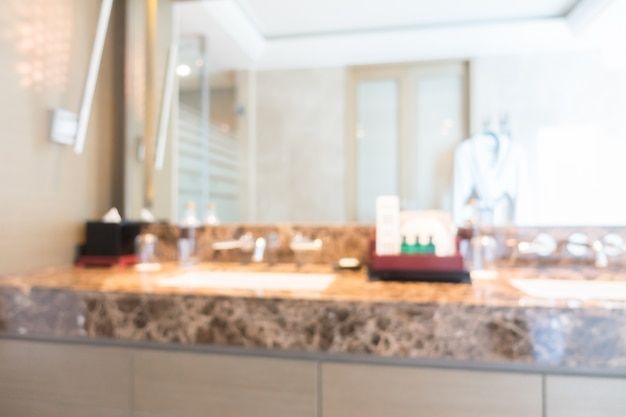 Luxuriöse Badezimmer Mit Einem Großen Spiegel Download Der