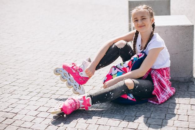 Mädchen rollschuhlaufen Kostenlose Fotos