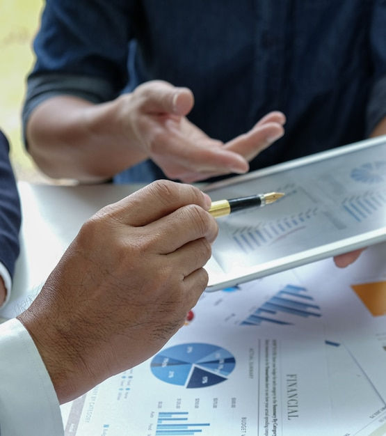 Management-team-meeting Premium Fotos