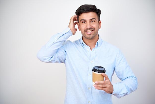 Mann mit kaffeetasse Kostenlose Fotos
