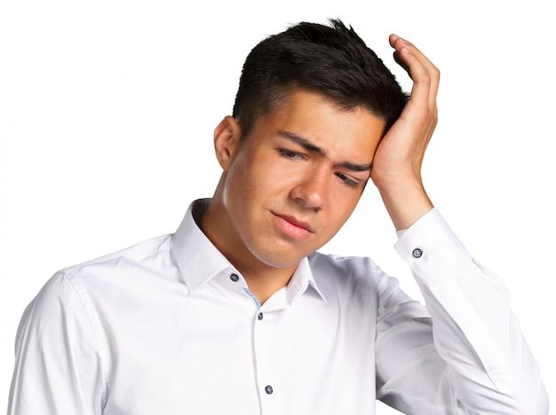 Mann mit kopfschmerzen Premium Fotos