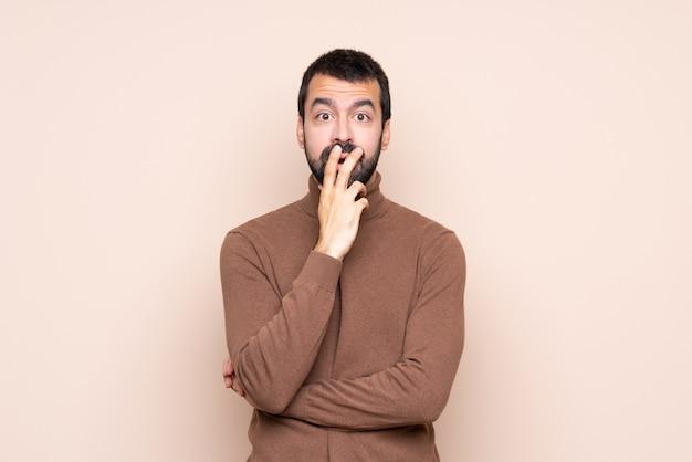Mann überrascht und schockiert beim schauen nach rechts Premium Fotos