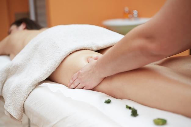 Massage im wellnessclub Premium Fotos