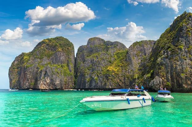 Maya bucht auf der insel phi phi leh Premium Fotos