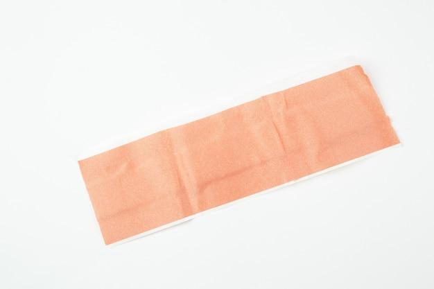 Medizinisches bakterizides heftpflaster auf weißem getrenntem hintergrund Premium Fotos