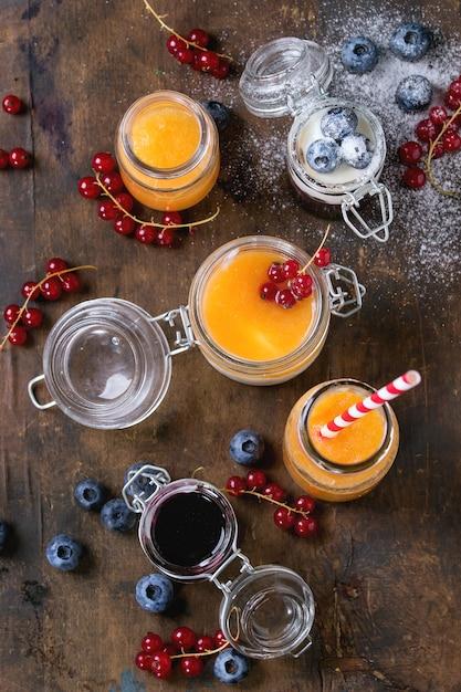 Melonen- und heidelbeer-smoothie Premium Fotos