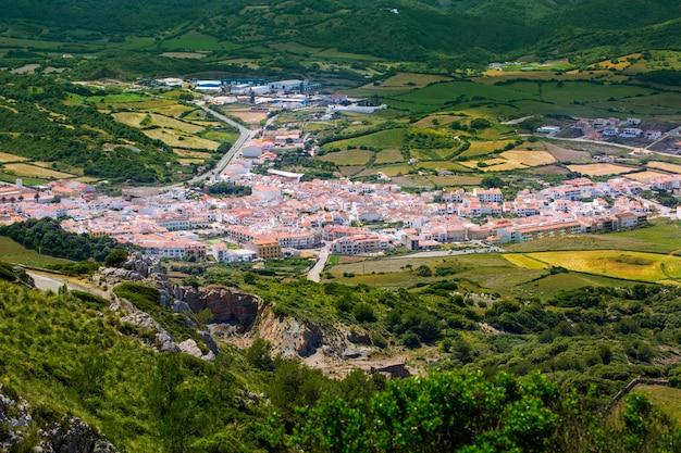 Menorca es mercadal luftbild von pico del toro in balearen Premium Fotos