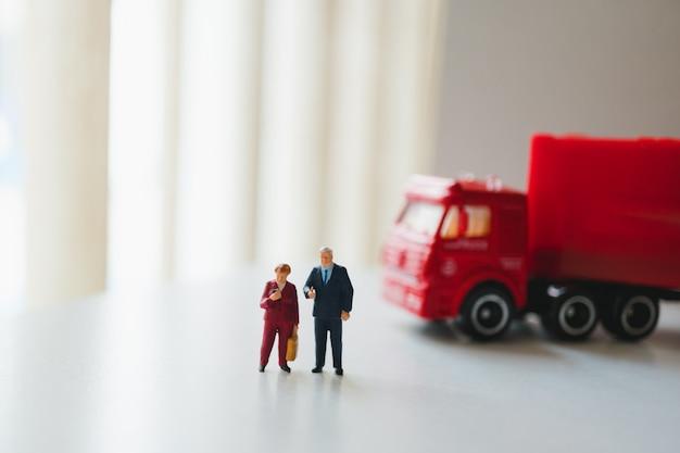Miniaturmenschen Premium Fotos