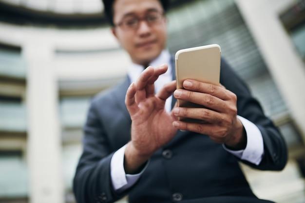 Mobile app verwenden Kostenlose Fotos