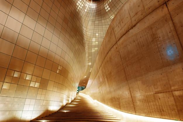Moderne architektur des dongdaemun design plaza Kostenlose Fotos