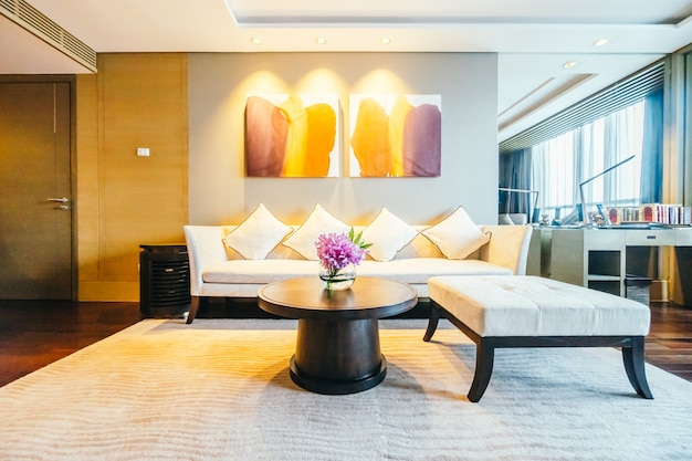 Moderne hotelzimmer mit beleuchtetem bilder Kostenlose Fotos