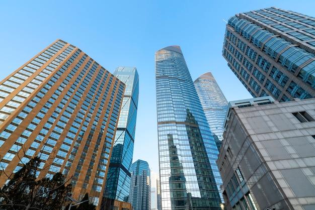 Moderne städtische wolkenkratzer und architekturlandschaften Premium Fotos