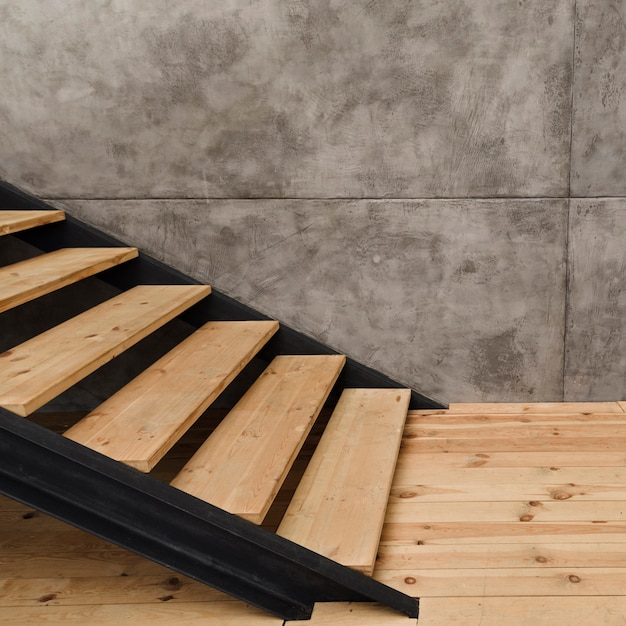 Modernes industrielles treppenhaus der nahaufnahme Kostenlose Fotos