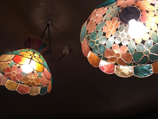 Mosaik-glasdeckenleuchten Kostenlose Fotos