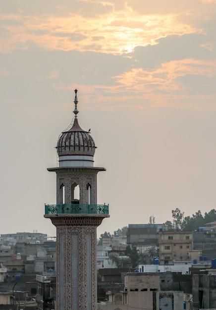Moscheentempel mit sonnenaufgang Premium Fotos