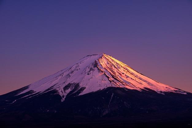 Mt. fuji bei kawaguchiko fujiyoshida, japan. Premium Fotos
